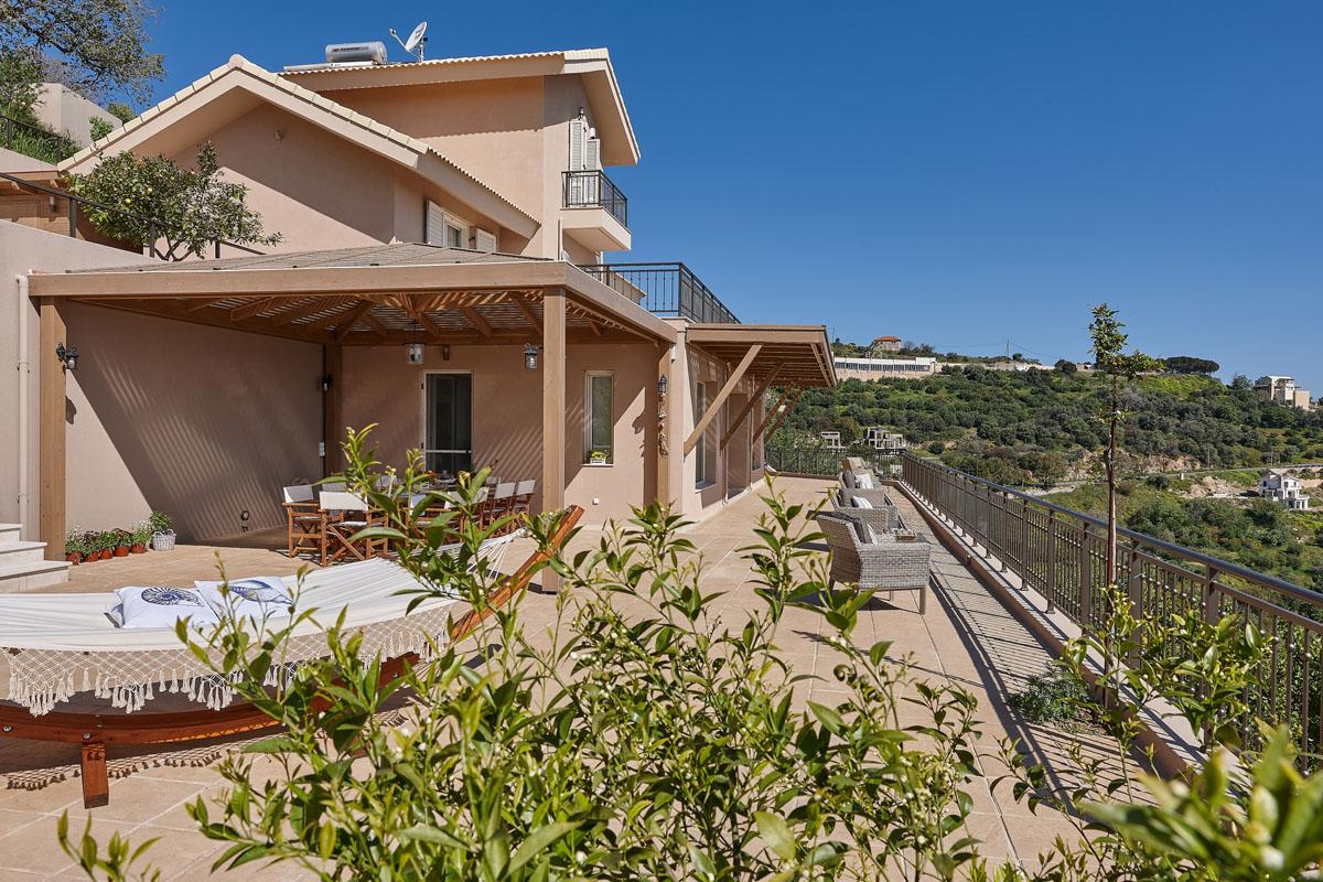 Villa Omikron