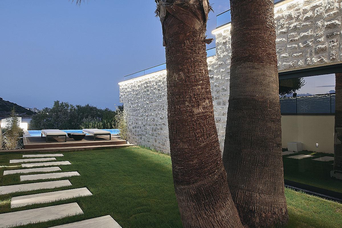 Rock Sand Villa